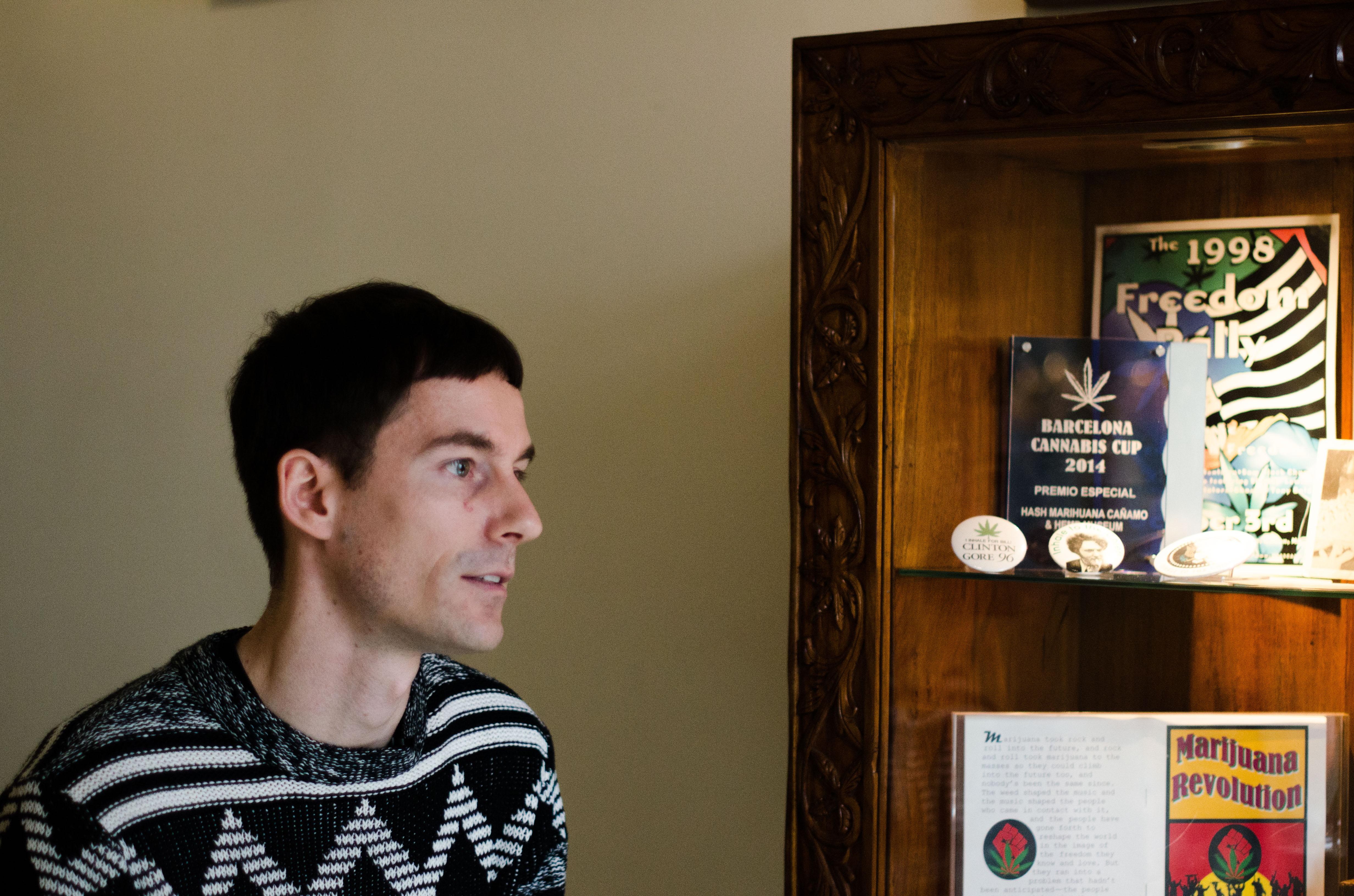 Ferenz Jakobs, 26 ans, est le directeur de la communication du Musée du cannabis à Barcelone.